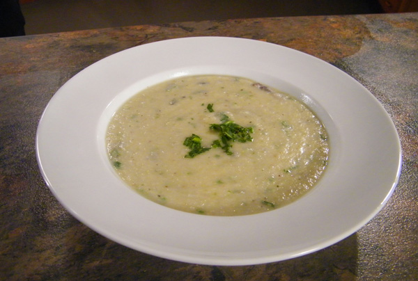 cauliflower-almond-soup